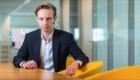 Daan van Hulten (Finance trainee) helpt afdelingen de juiste financiele beslissingen te nemen